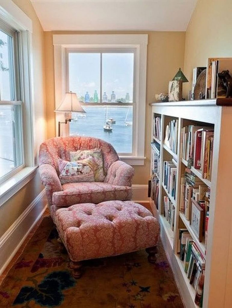 reading nook ideas for small spaces