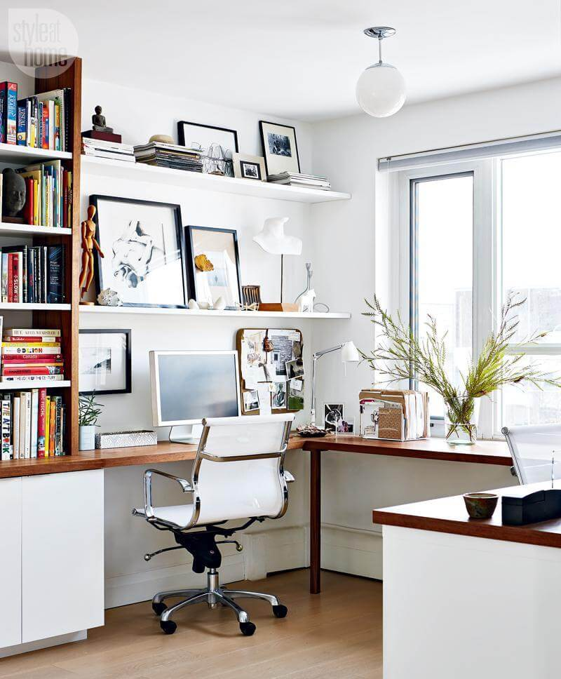 corner desk computer