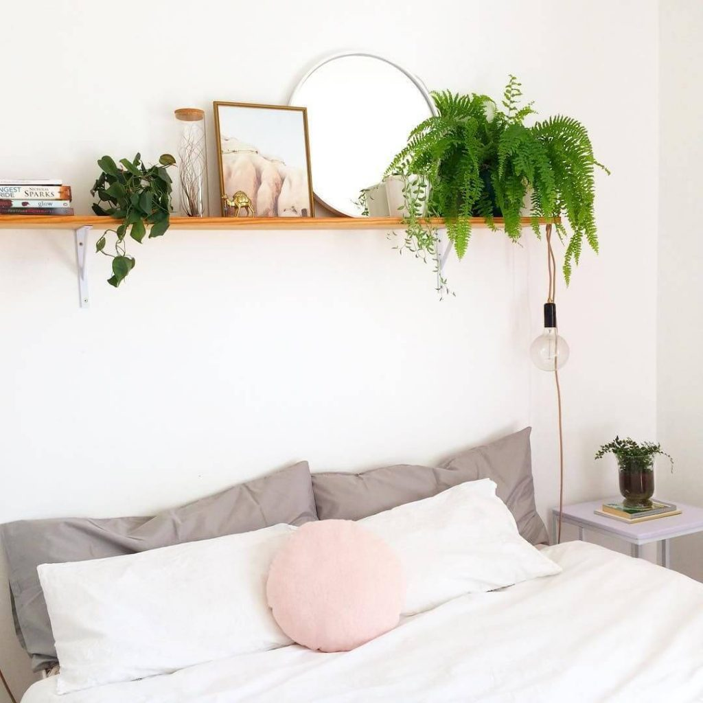 decor for above bed