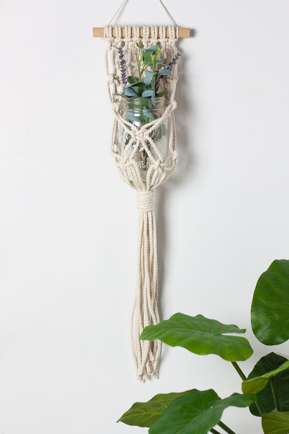 hanging planters macrame