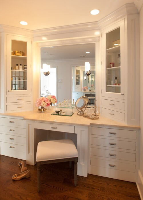 makeup room furniture