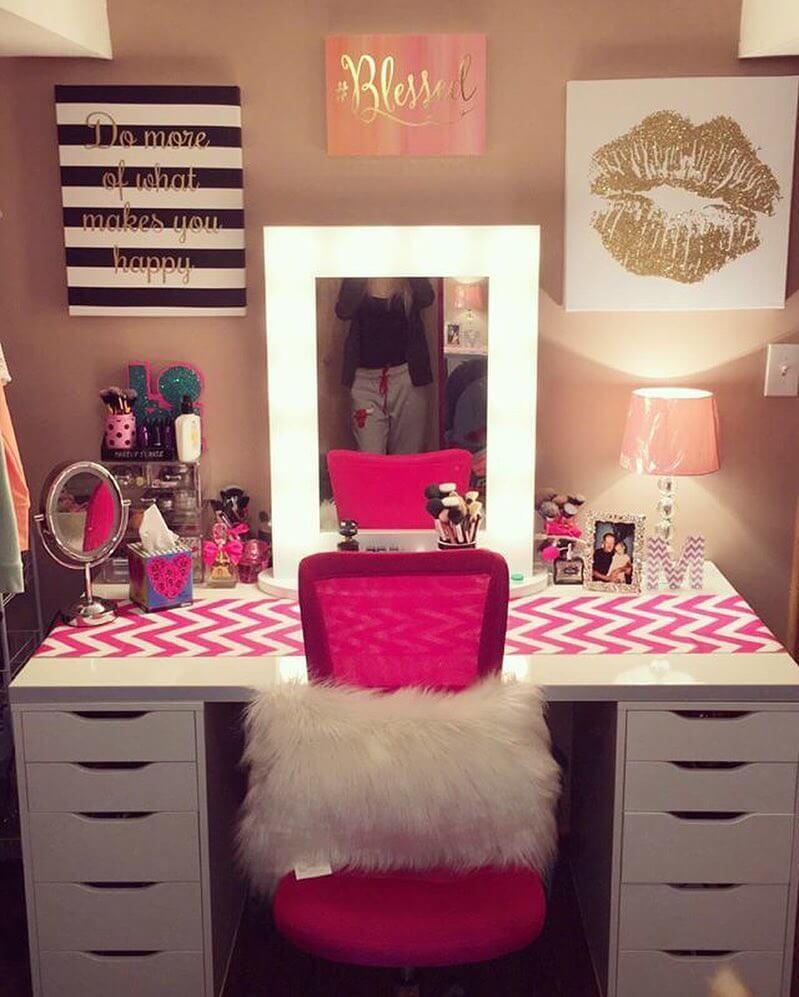 makeup room wall decor