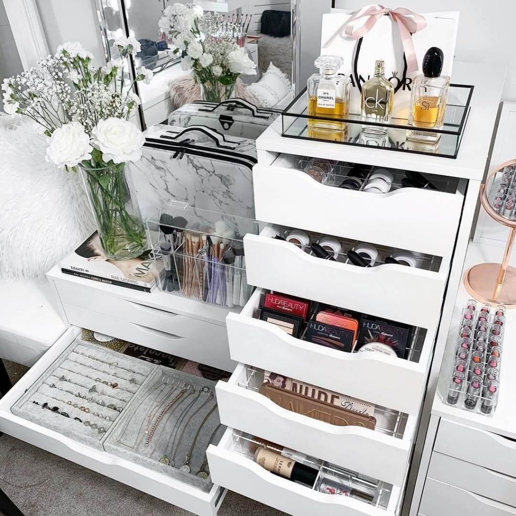 makeup storage vanity ideas