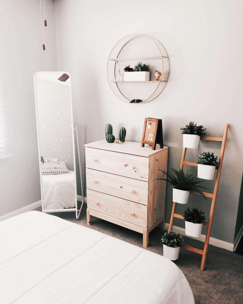 storage ideas in bedroom
