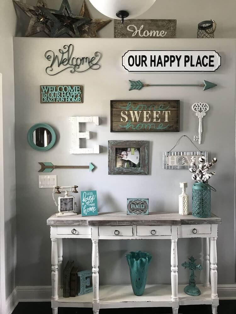 wall decor for small entryway