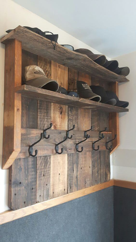 diy pallet hat rack