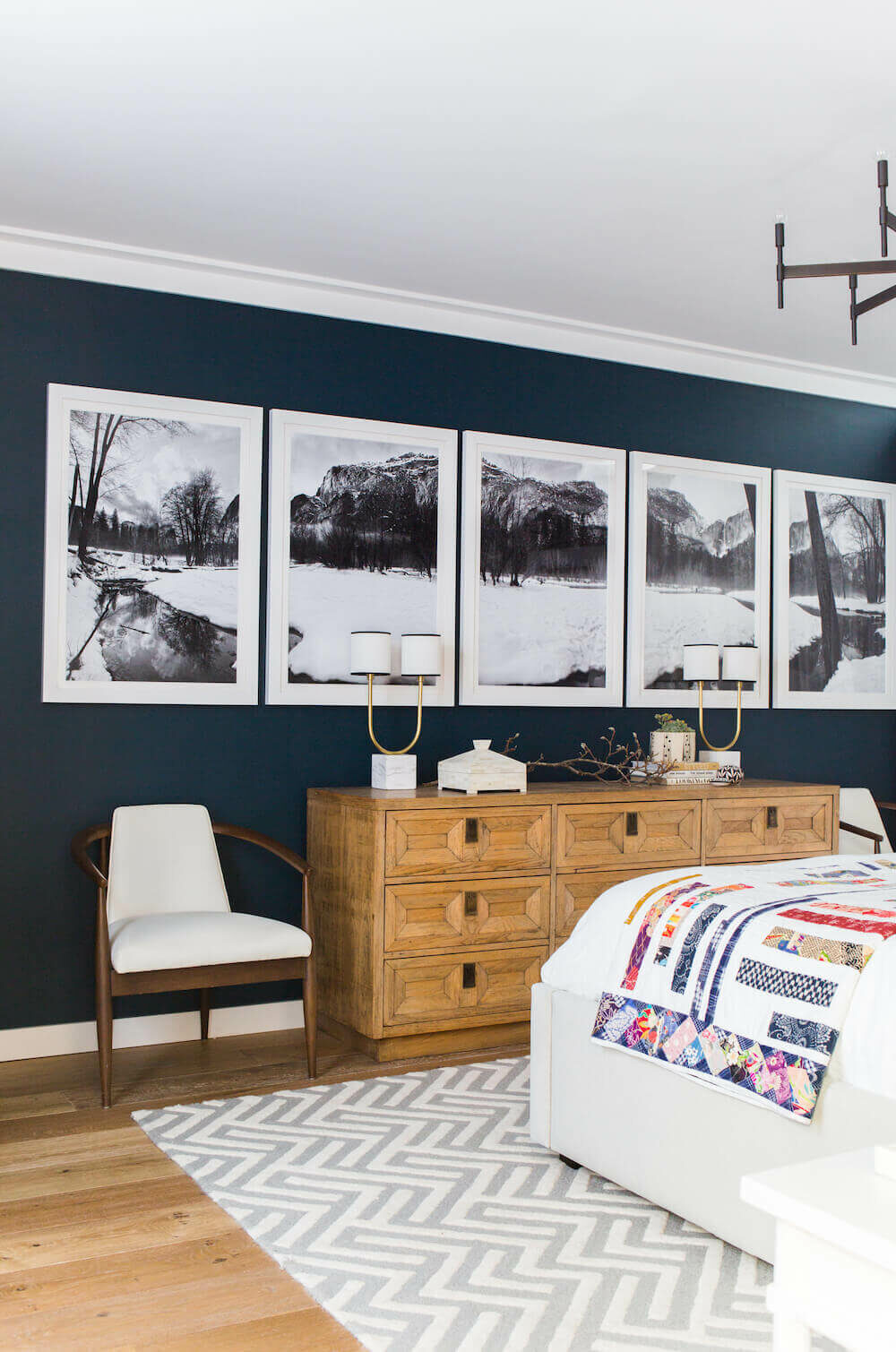 black and white bedroom wall decor