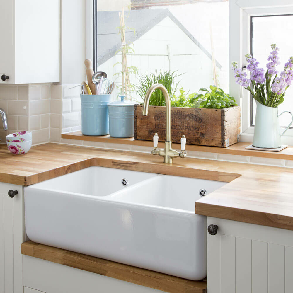 farmhouse kitchen sink ideas