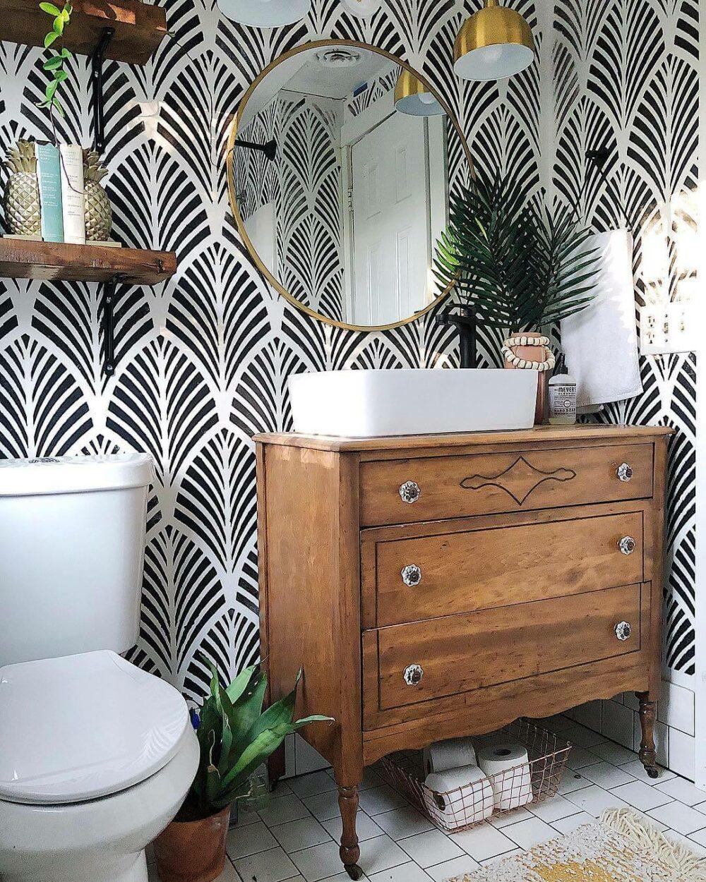guest bathroom wall decor