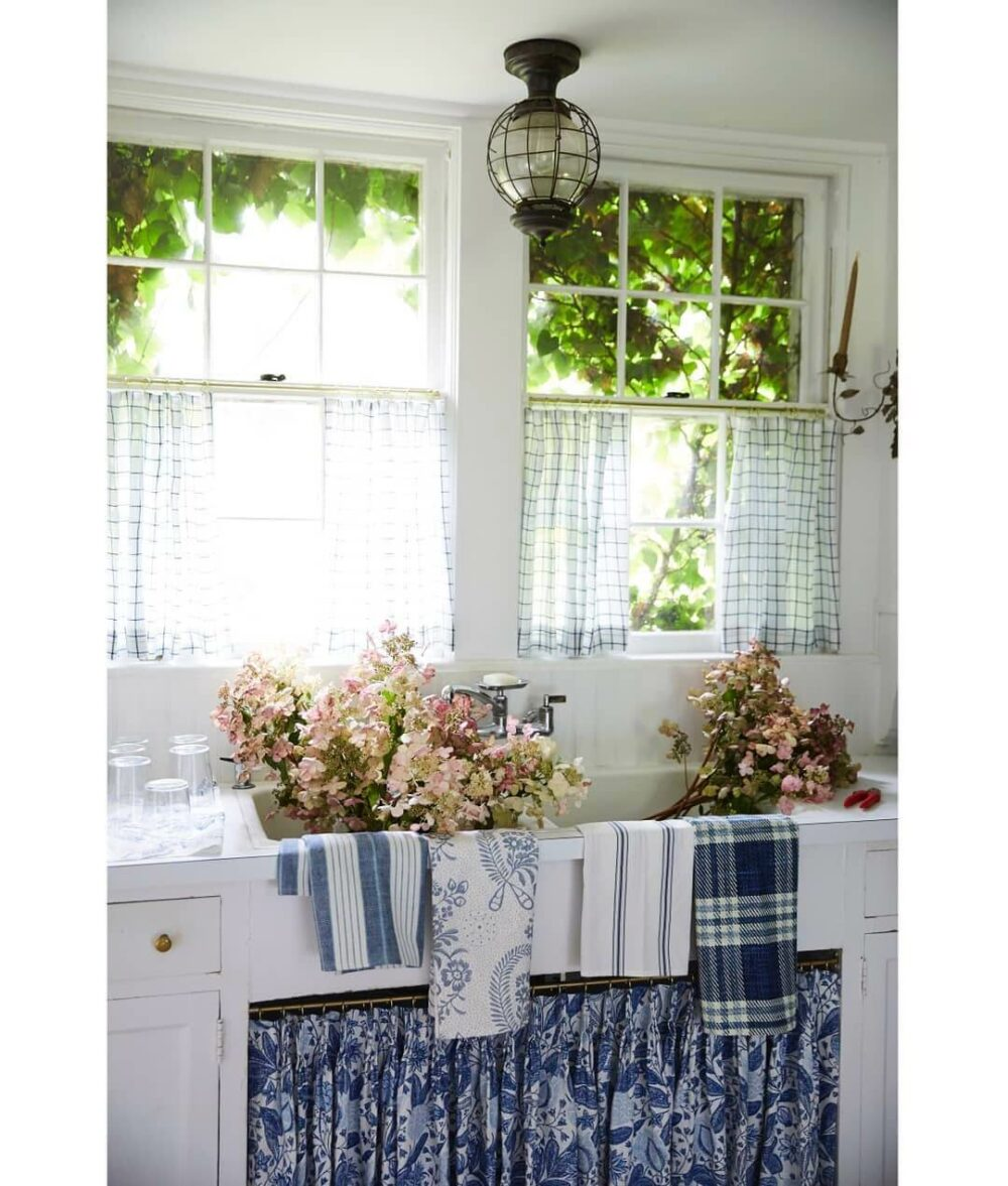 kitchen curtain ideas above sink