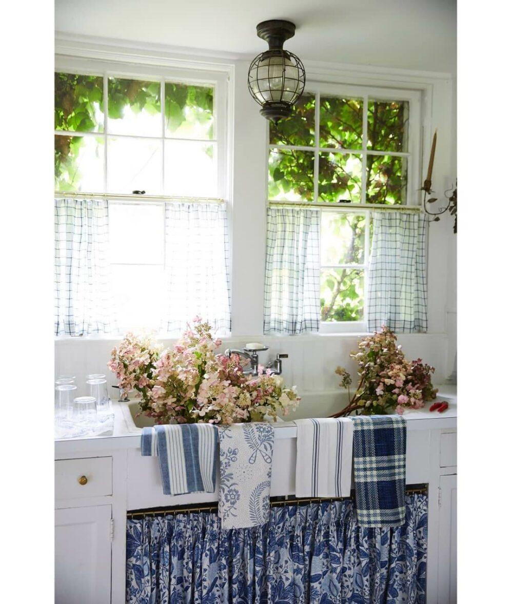 kitchen curtain ideas above sink