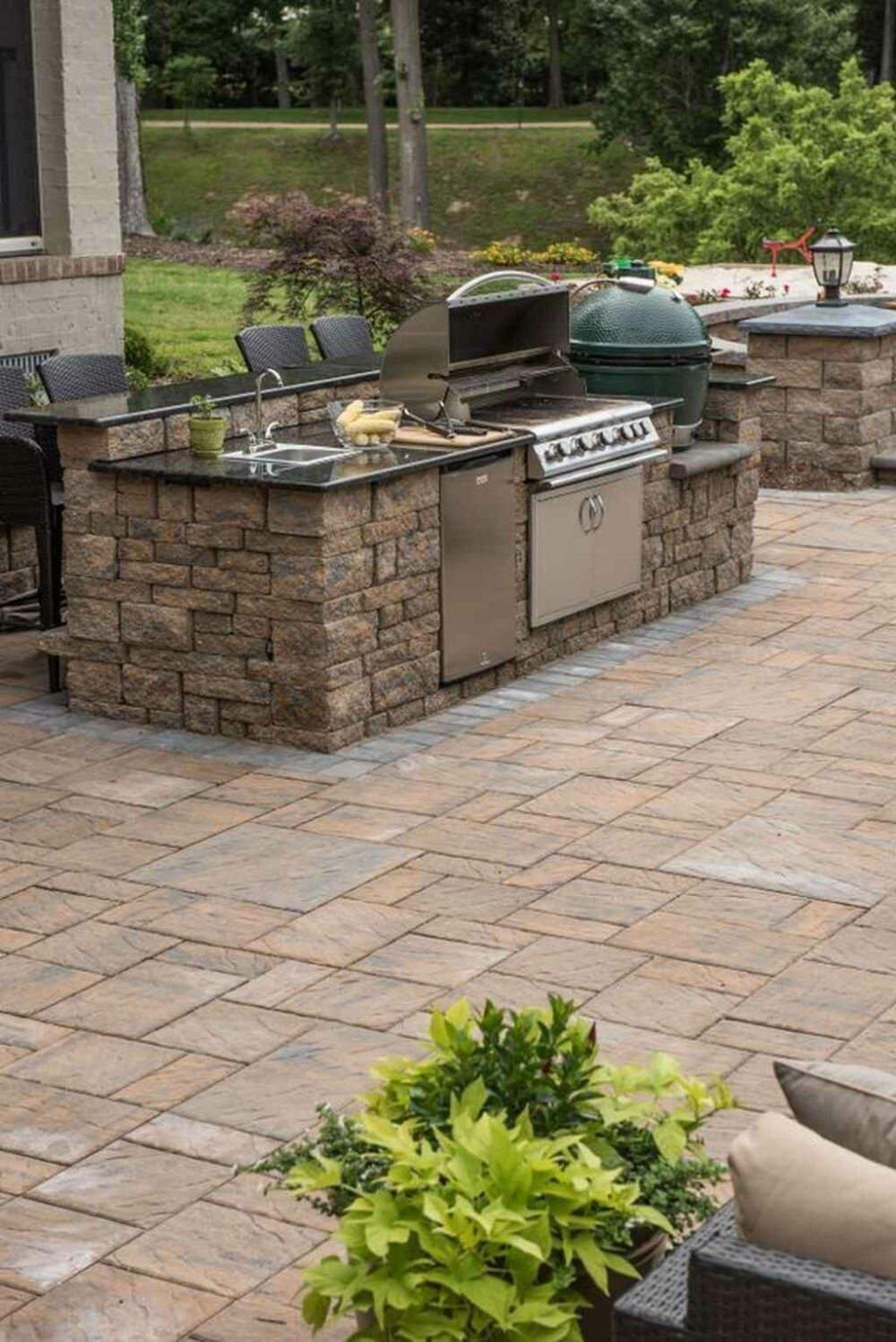 outdoor kitchen island ideas