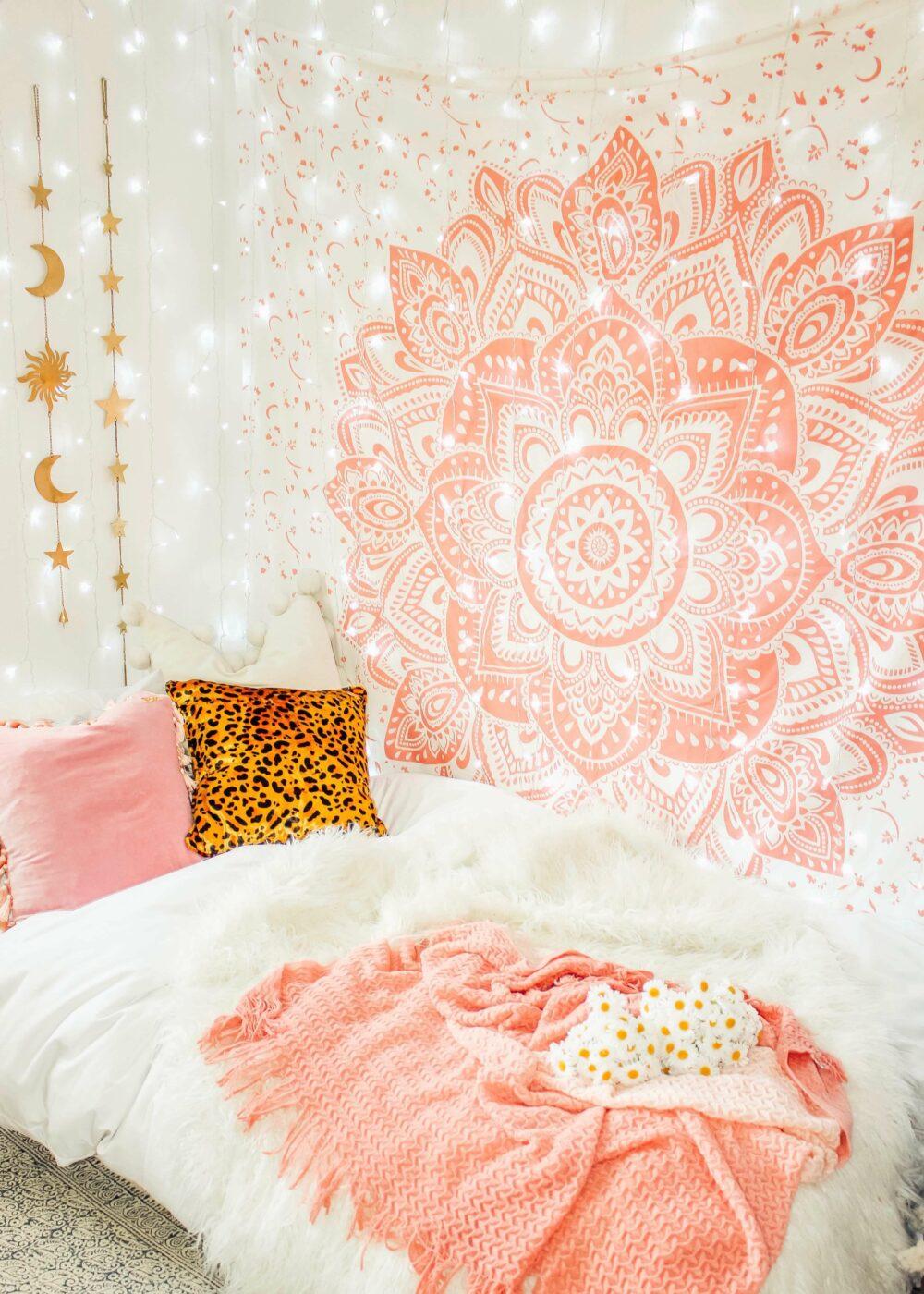 small bedroom wall decor