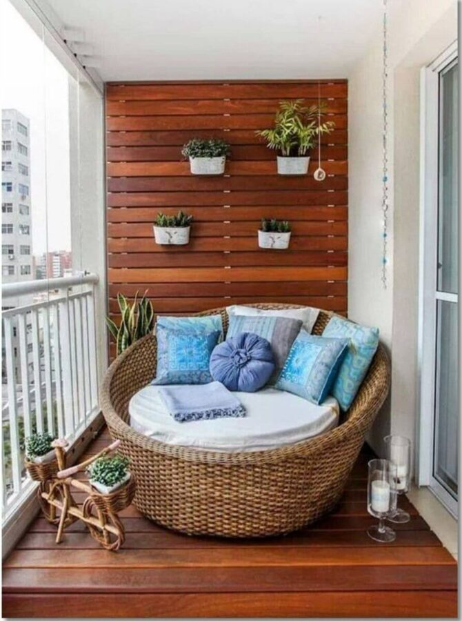 apartment balcony decor ideas