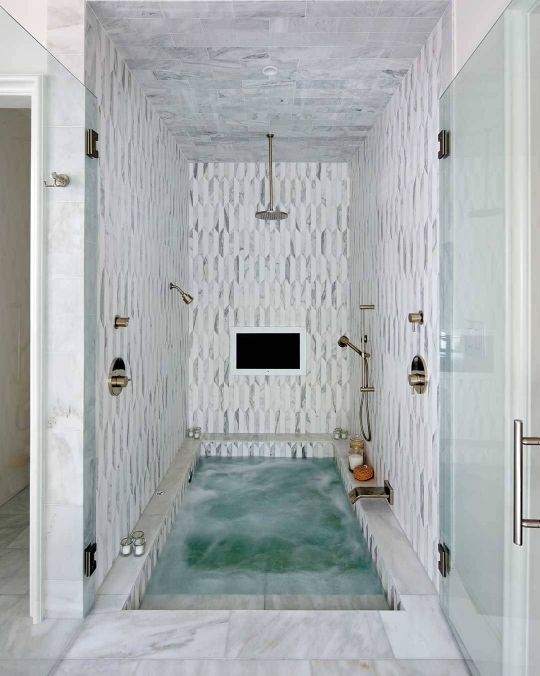 bathroom jacuzzi tub ideas