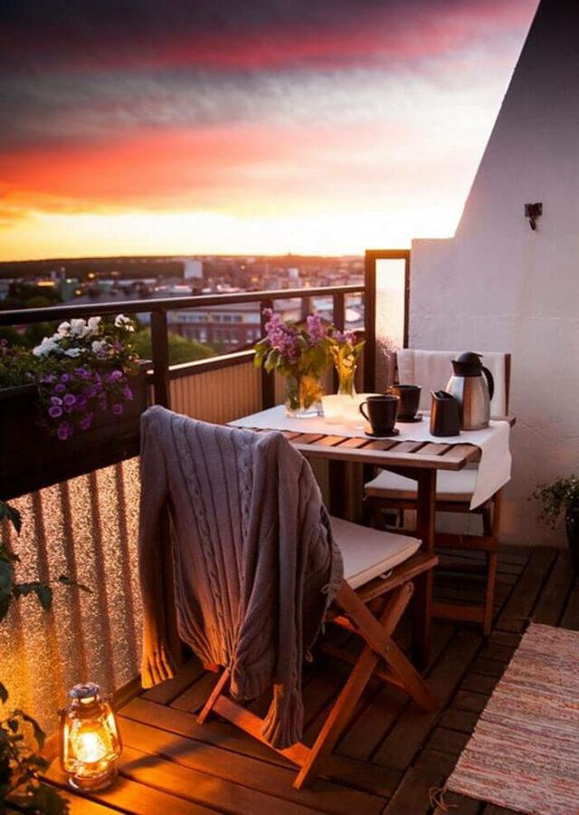 decor ideas for balcony