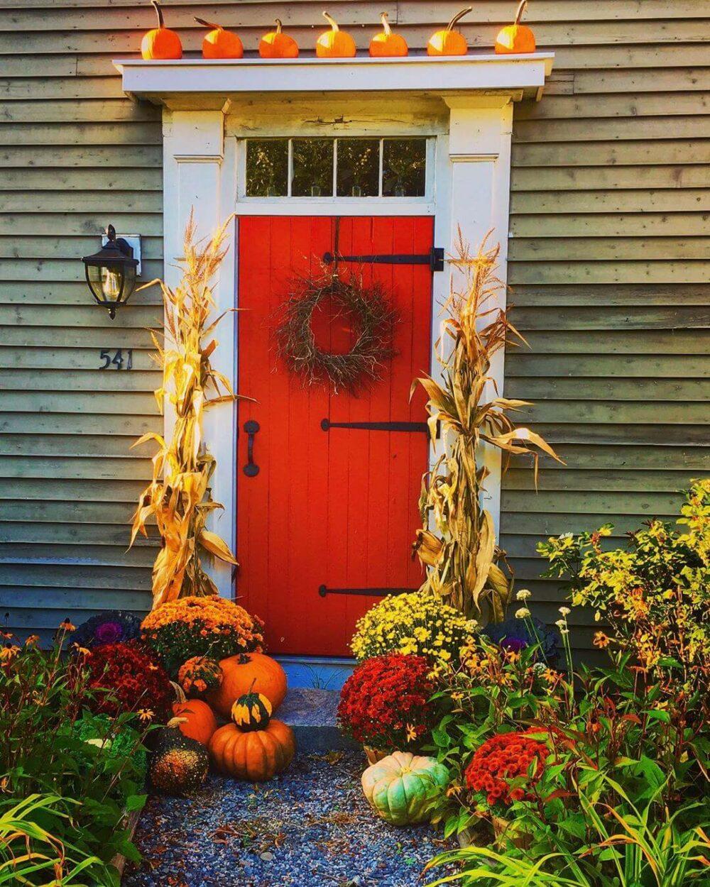 easy outdoor fall decor