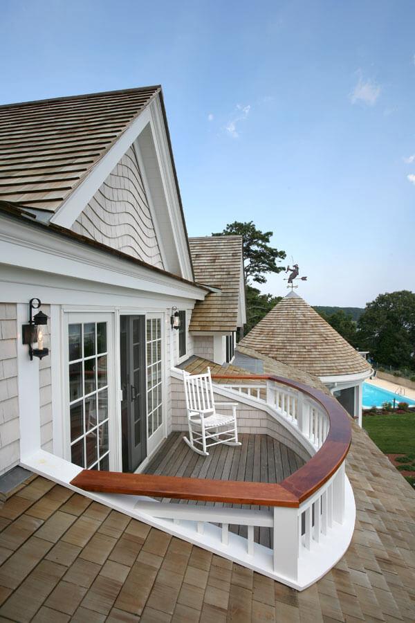 outdoor balcony decor ideas
