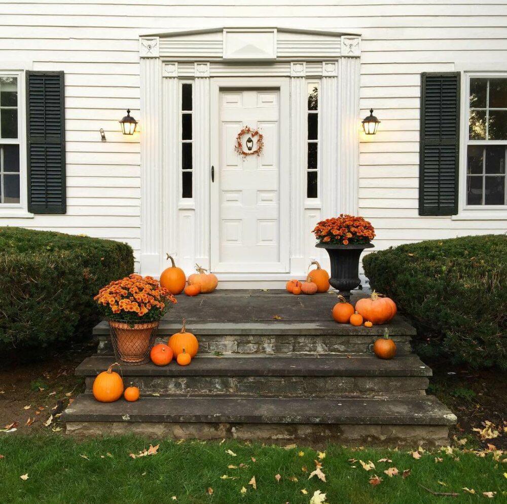 outdoor fall decor for porch
