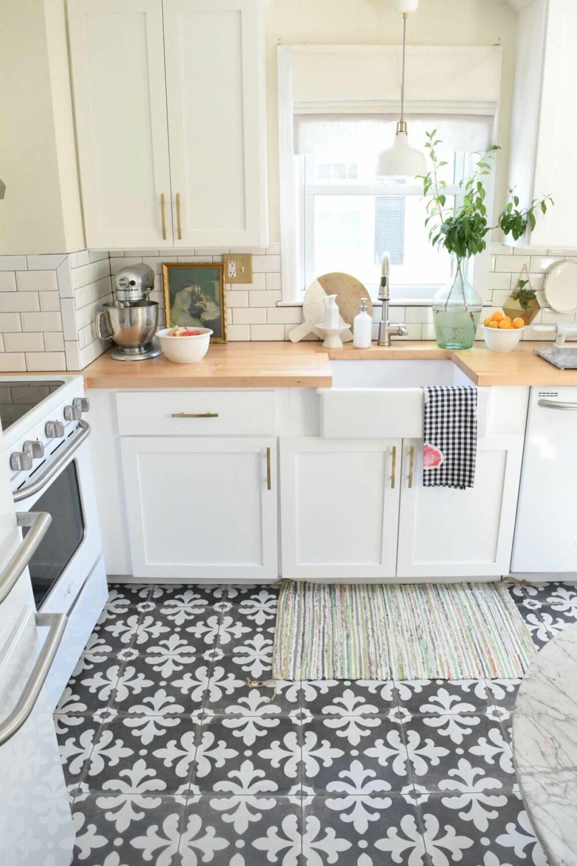 kitchen floor ideas white cabinets