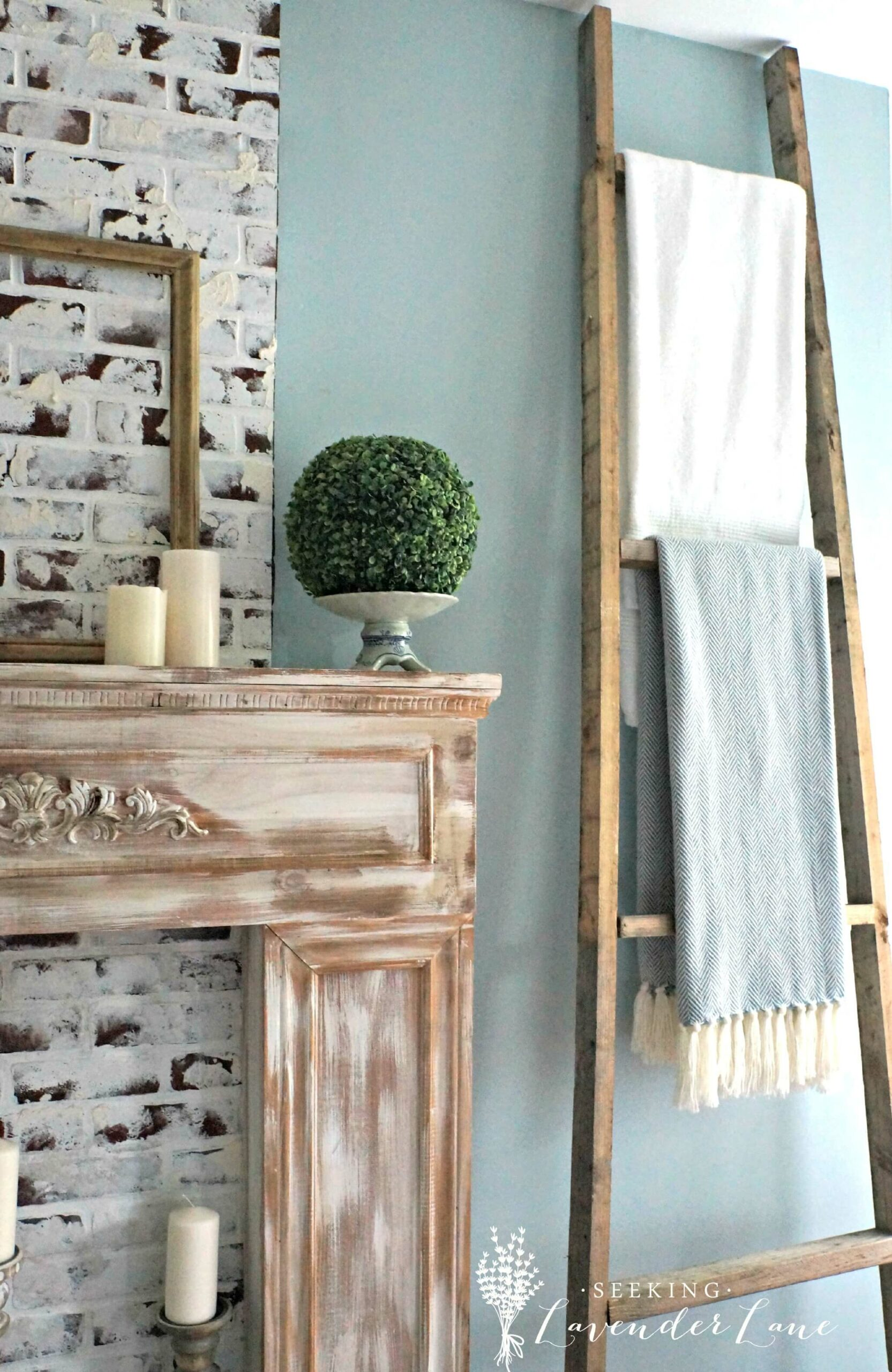 diy leaning blanket ladder