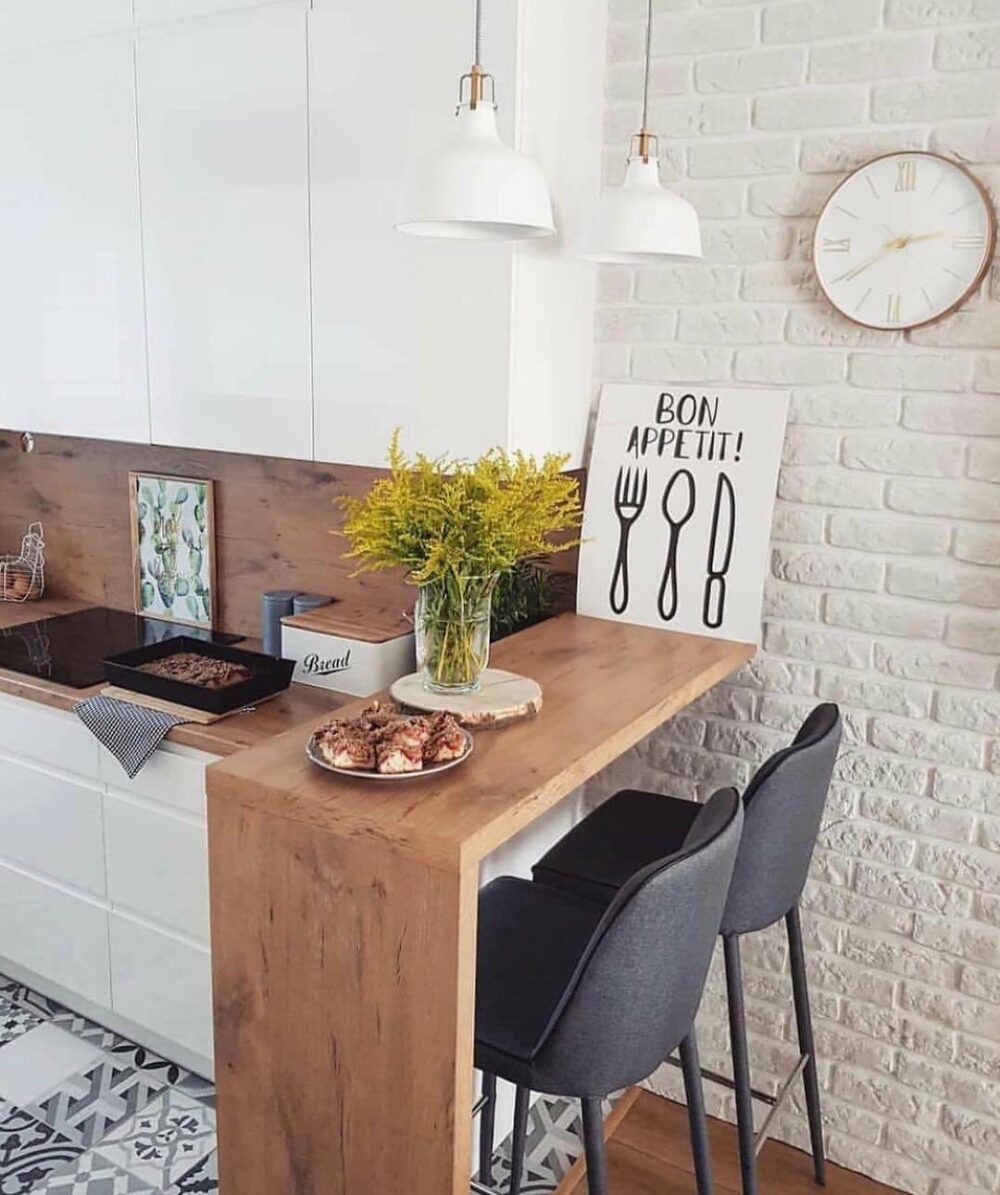 small kitchen table for small spaces