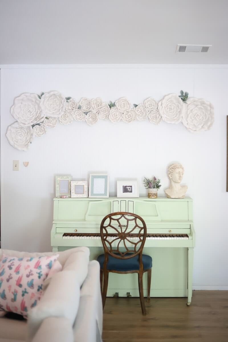 Cheap DIY Flower Wall