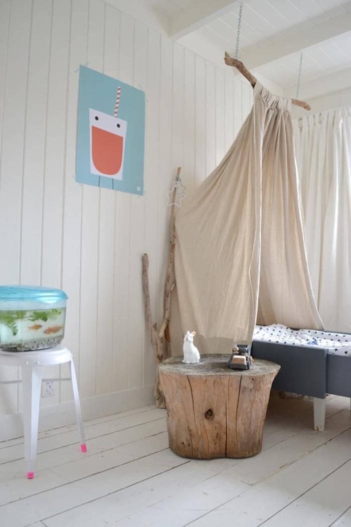 DIY Children's Canopy Bed