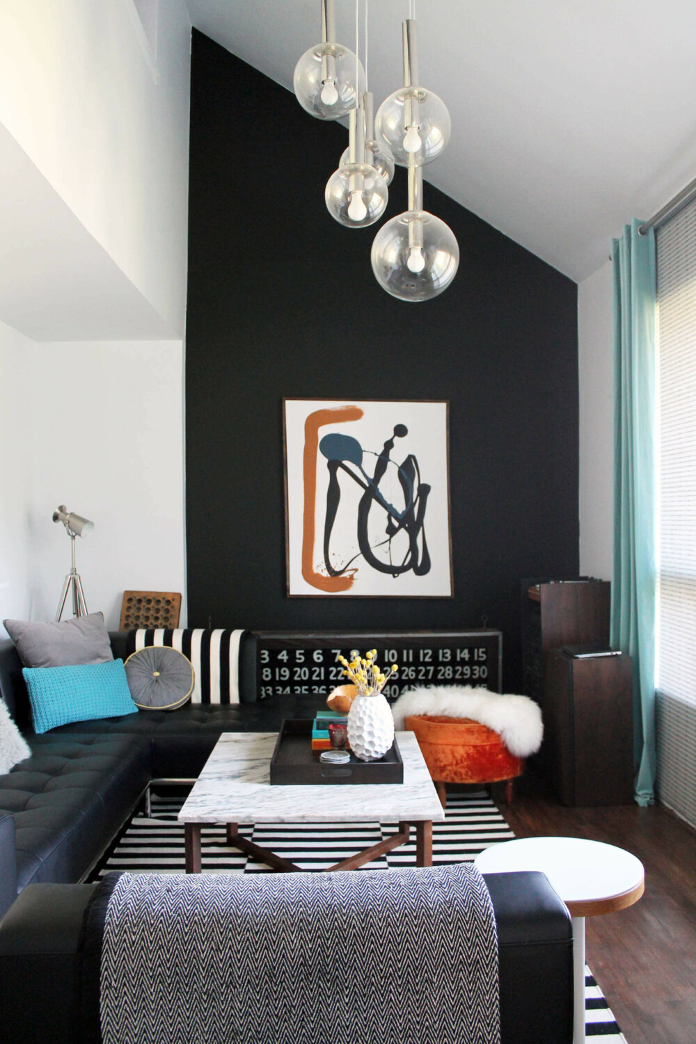black living room decor ideas