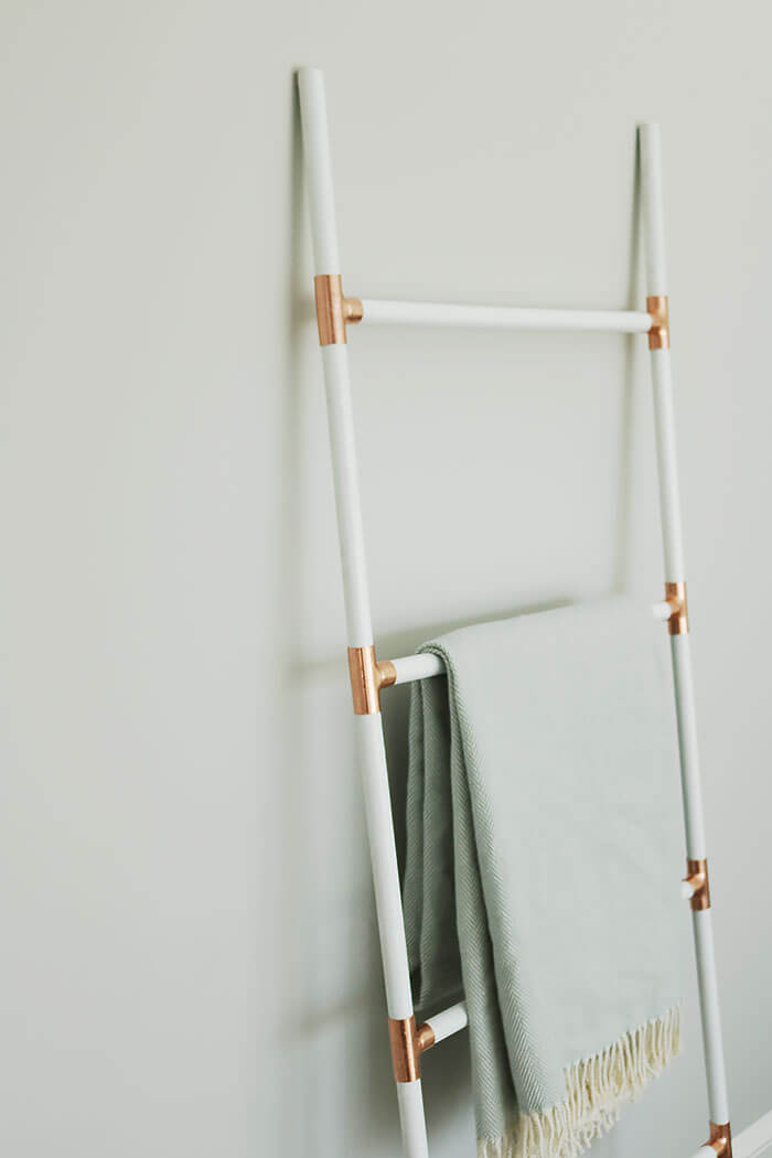 diy blanket ladder cheap